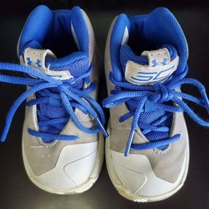 Under Armor Toddler High Tops Steph Curry sz 5
